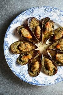 Image de Moules de Bouzigues au beurre d'escargot (par 10)