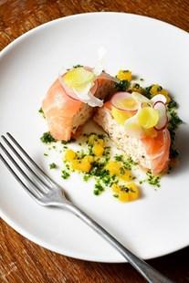 Image de Aumonière de saumon fumé et rillettes de saumon (portion)