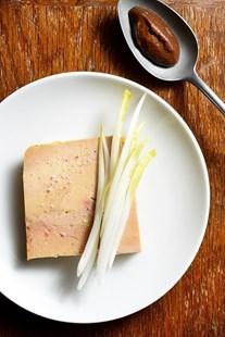 Image de Foie gras fumé ou nature, chutney de tamarin (portion)